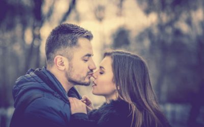 Does kissing an ex mean you're back together?