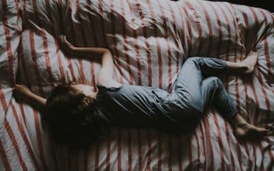 5 Solutions When You Can't Sleep After Breakup!